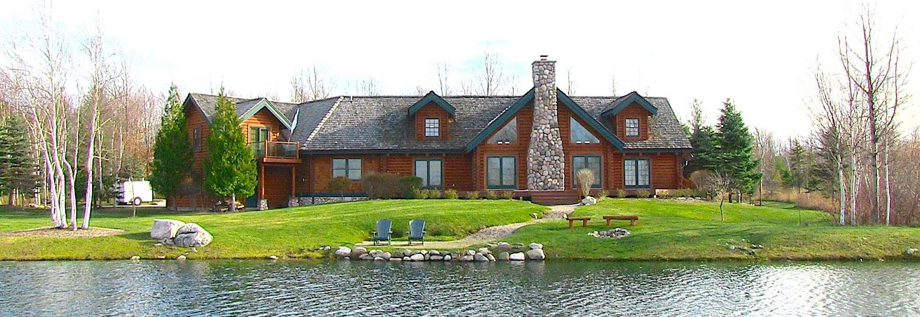 Charlevoix Log House